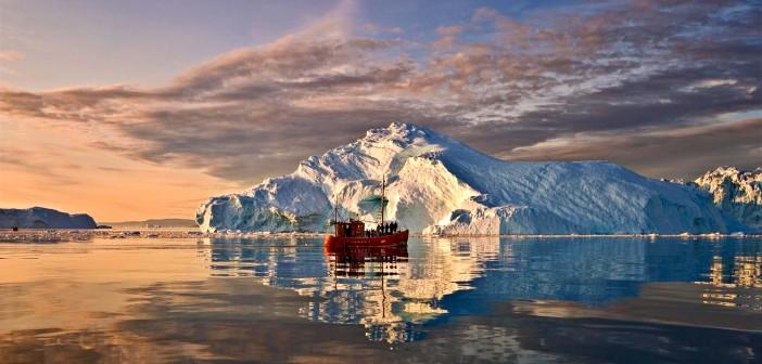 December 2015 - Destination Abroad: Greenland - Issue 246