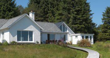 Ireland's Homes - Connemara - August 2016 - Issue 254