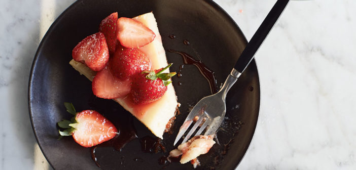 September 2019 - Cookery - New York-Style Baked Strawberry Cheesecake - Issue 291