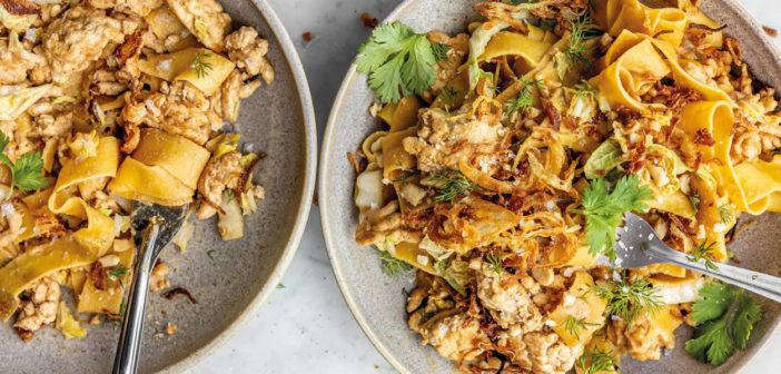 Crispy Caramelised Onion & Peanut-y Chicken Noodles